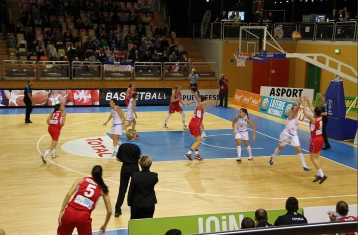 Totalna dominacija! Sjajne košarkašice Srbije pobedile Luksemburg sa 94 razlike!