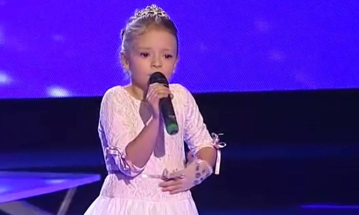"Pinkove zvezdice, 19. epizoda: HIT večeri Darija Vračević sa numerom ""Once upon a decembar"" (VIDEO)"