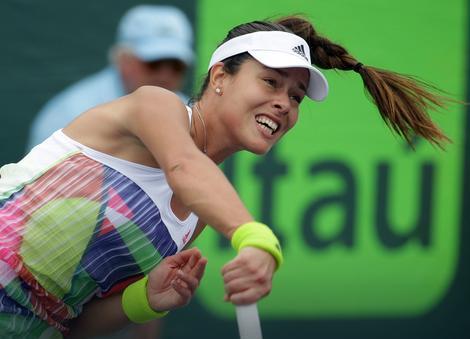 Ana Ivanović se pobedom nad Karin Vitheft plasirala u osmini finala turnira u Štutgartu