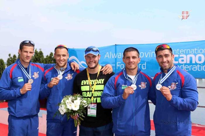 Srpski četverosed na 200m osvojio srebrnu medalju na Svetskom kupu u Račicama