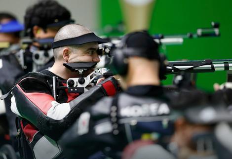 Laslo Šuranji u finalu upucao zlato i novi paraolimpijski rekord